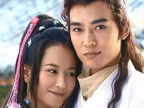 """他是娱乐圈的小李飞刀,18岁刚出道就主演""""展昭""""53岁被女儿捧红"""