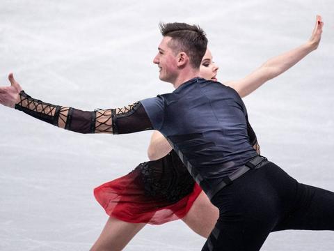 男单陈巍夺冠!花滑世界团体锦标赛:俄罗斯91分领跑
