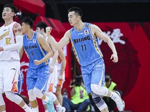 场均34分17板,北京3高组合施压广东,杜锋恐遭首轮游