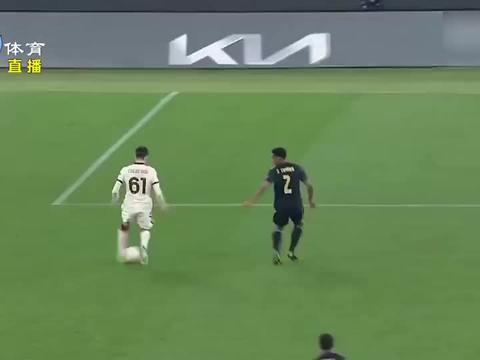 欧联杯:战平阿贾克斯,罗马闯关成功