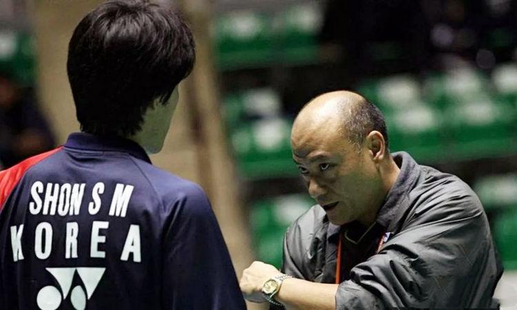 李矛辞掉国家队主教练,去外国执教,为何他却又一心想回国执教