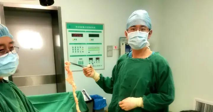 让美丽不留痕 | 13厘米大肌瘤在单孔腹腔镜下成功剔除