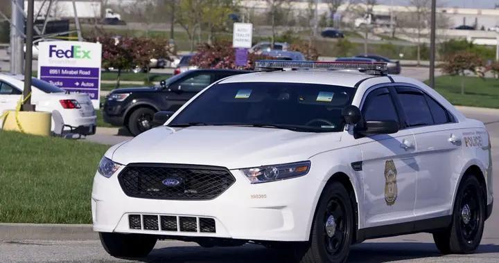 美国印第安纳州联邦快递中心发生枪击 警察现场严阵以待