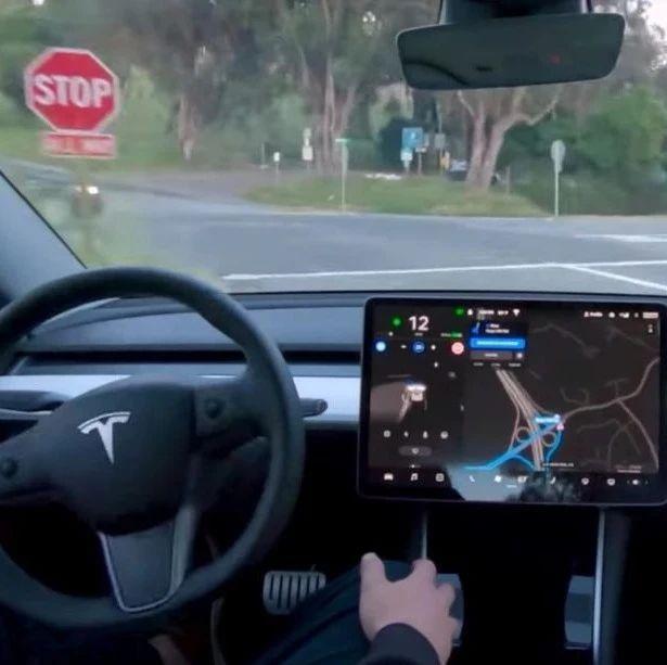"""""""纯视觉,无雷达"""" 的全自动驾驶服务即将来到"""