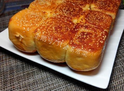 蜂蜜脆底小面包:做法其实蛮简单,不揉膜,又香又脆还不腻
