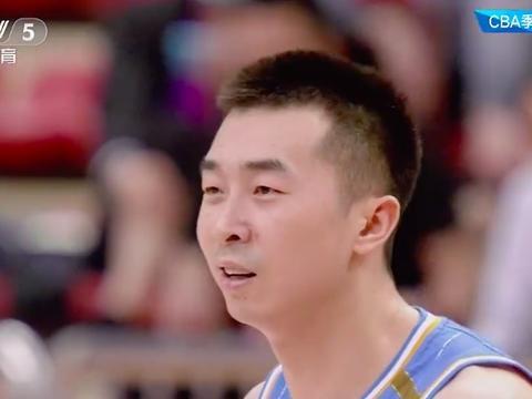 240秒疯狂11-0,北京首钢击溃10冠王广东,杜锋爱将13分钟5犯下场