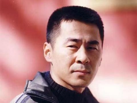 陈建斌的情史:陪他度过5年低谷的吴越,却输给相处1年的蒋勤勤!