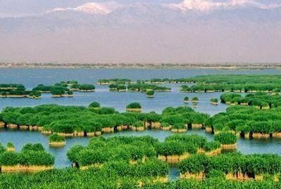 亚洲最大沙漠水库,世界最长人工沙坝,莫力庙沙湖旅游区,别去了