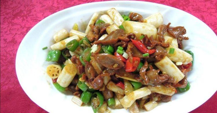 美食推荐:鸡胗炒藕丁,番茄烧排骨,虎皮青椒,小炒牛肉条的做法