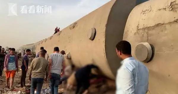 一个月四起事故!埃及又一列火车脱轨已致32死 目击者无奈又无语