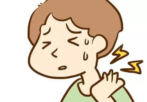 颈椎疼得抬不起头?一碗鱼头汤,效果很不错,赶走疼痛很简单