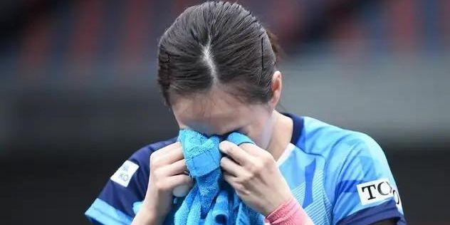 日本乒乓球选手输球后为啥都爱哭?对此你怎么看?