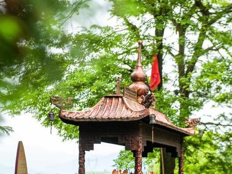 """宁波此古村被石头包围,至今有700年历史,被称为""""石头王国"""""""