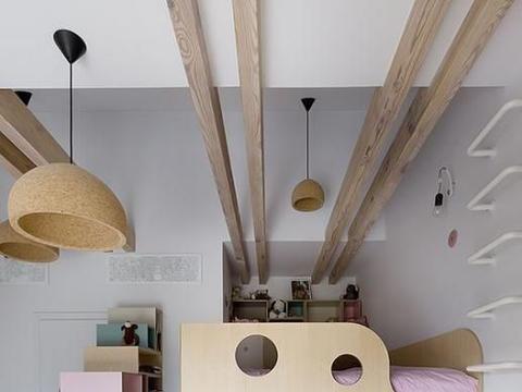 还是上下床适合儿童房,下铺睡觉,做步入式衣帽间,上铺改活动区