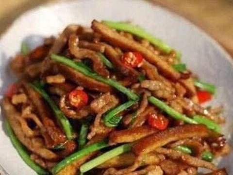 美食推荐:生爆跳跳蛙,鱼香腰花,蒜蓉油麦菜,尖椒豆干炒腊里脊