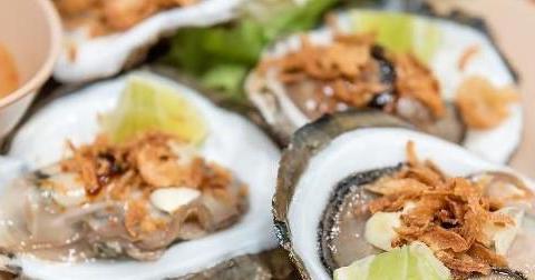 生蚝味道鲜美,吃生蚝等海鲜有这几点好处,补充营养男女皆宜