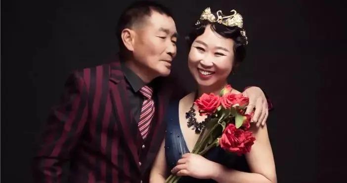 我带63岁的父母拍婚纱照,弥补他们今生的遗憾
