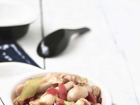 美食推荐:芥末猪肝,蚝油海鲜菇,蟹柳蛋羹,板栗烧牛肉