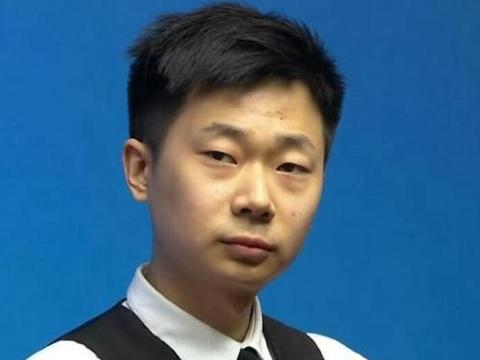 2-10惨败!中国新星耻辱一战:球迷盼望他早点输,给丁俊晖腾场地