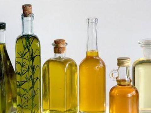 花生油、菜籽油、大豆油怎么用?适合炒菜还是油炸?别再乱用了