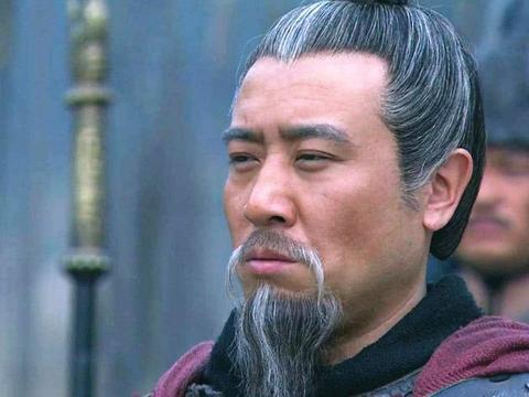 刘备攻占成都前,放出狠话:谁敢伤他,我灭他三族!刘备本性暴露