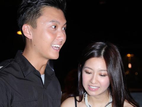 陈自瑶与王浩信早年照,真漂亮,有女人味