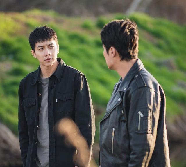 乖儿子变连环杀手,国民儿子李昇基转太猛,窥探到的人性不堪重负