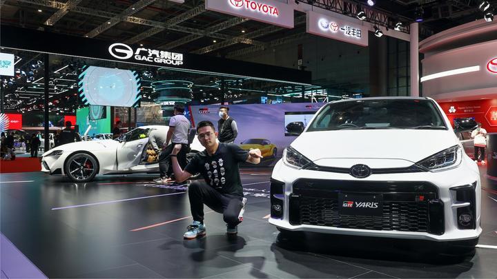 视频:2021上海车展丨JDM粉丝的心头肉!丰田SUPRA与GR YARiS带你看个爽
