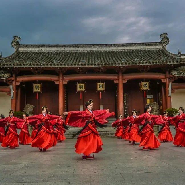 春游江淮请您来 | 4月22日,让我们相约中国的诗意栖居地,歙县!一起夜读徽州!
