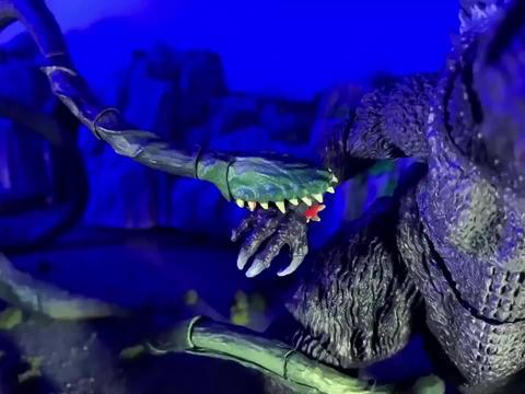 怪兽大战,哥斯拉的新对手出现了,植物系怪兽死抓藤蔓怪