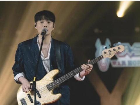 为向偶像周星驰致敬,李荣浩创作出一首歌,火遍全网5年0差评