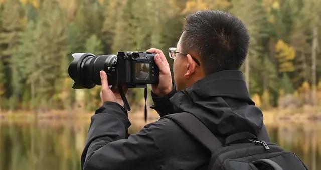 超高性价比超高画质 富士GFX 50R中画幅相机