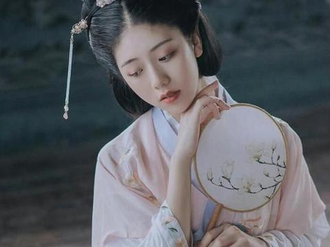 古代甜宠文:草莽将军遇上世家娇滴滴的小娘子,甜甜的恋爱来辽!