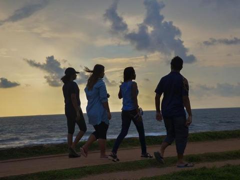 如果你身边有3种朋友,不要犹豫,趁早离开