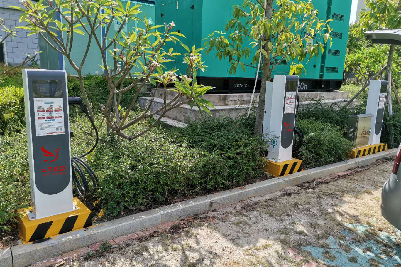 河南濮阳工商局入驻2套14千瓦新能源汽车充电桩安装服务