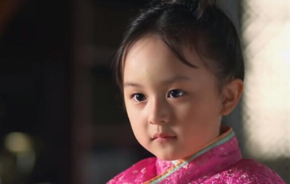 刘楚恬多招人喜欢,凭小芈月一夜爆红,9岁搭档周杰伦上春晚