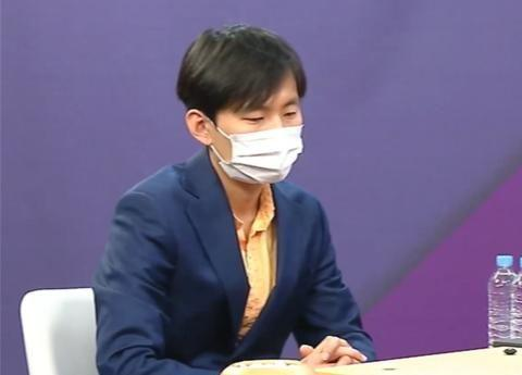 """""""要做败者组朴廷桓""""的姜东润,在韩国名人战复活赛首轮过关"""