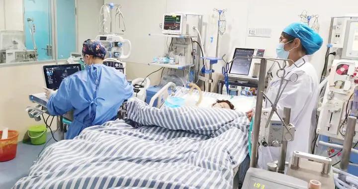"""患""""百万里挑一""""的罕见病,心跳停了2次!ECMO给她带来了新生"""