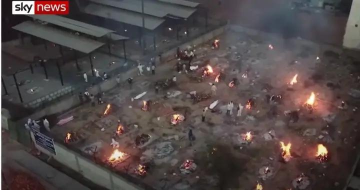 印度火葬场都烧不过来,新冠死者尸体再堆下去会怎么样?