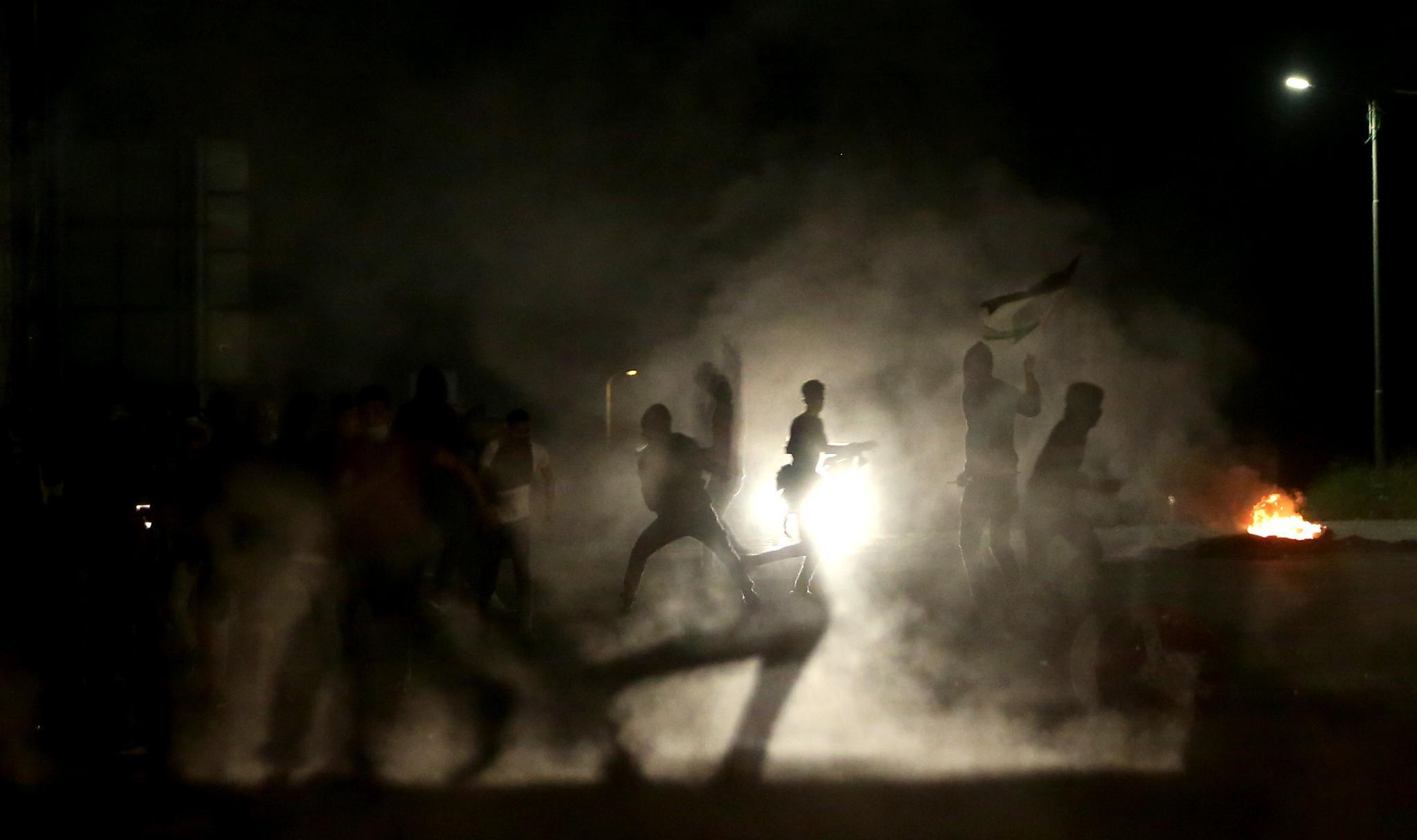 约旦河西岸多地爆发抗议