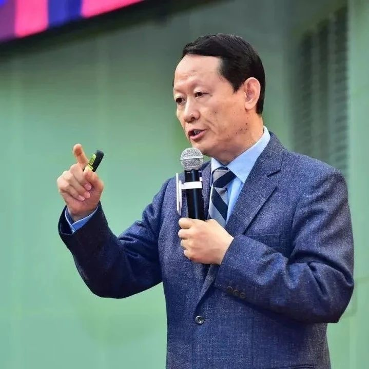 李希贵:北京十一学校的成功,离不开这14种教师激励方案