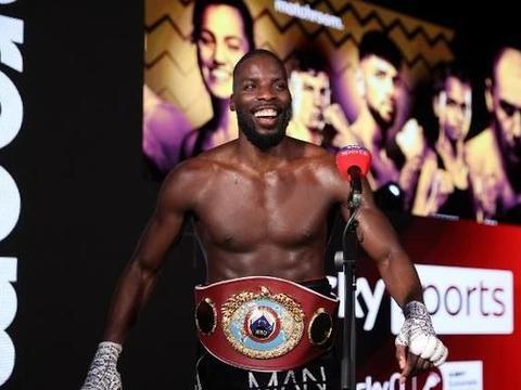 奥科利要挑战老将布瑞迪斯,目标是统一职业拳击次重量级!