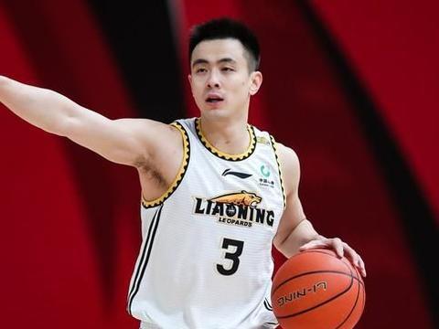 赵继伟多了2个迷弟,袁堂文、林庭谦公开称赞他,果然是MVP级后卫