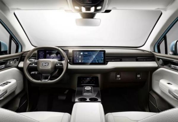 新势力造车非常值得推荐,爱驰U5产品力解析