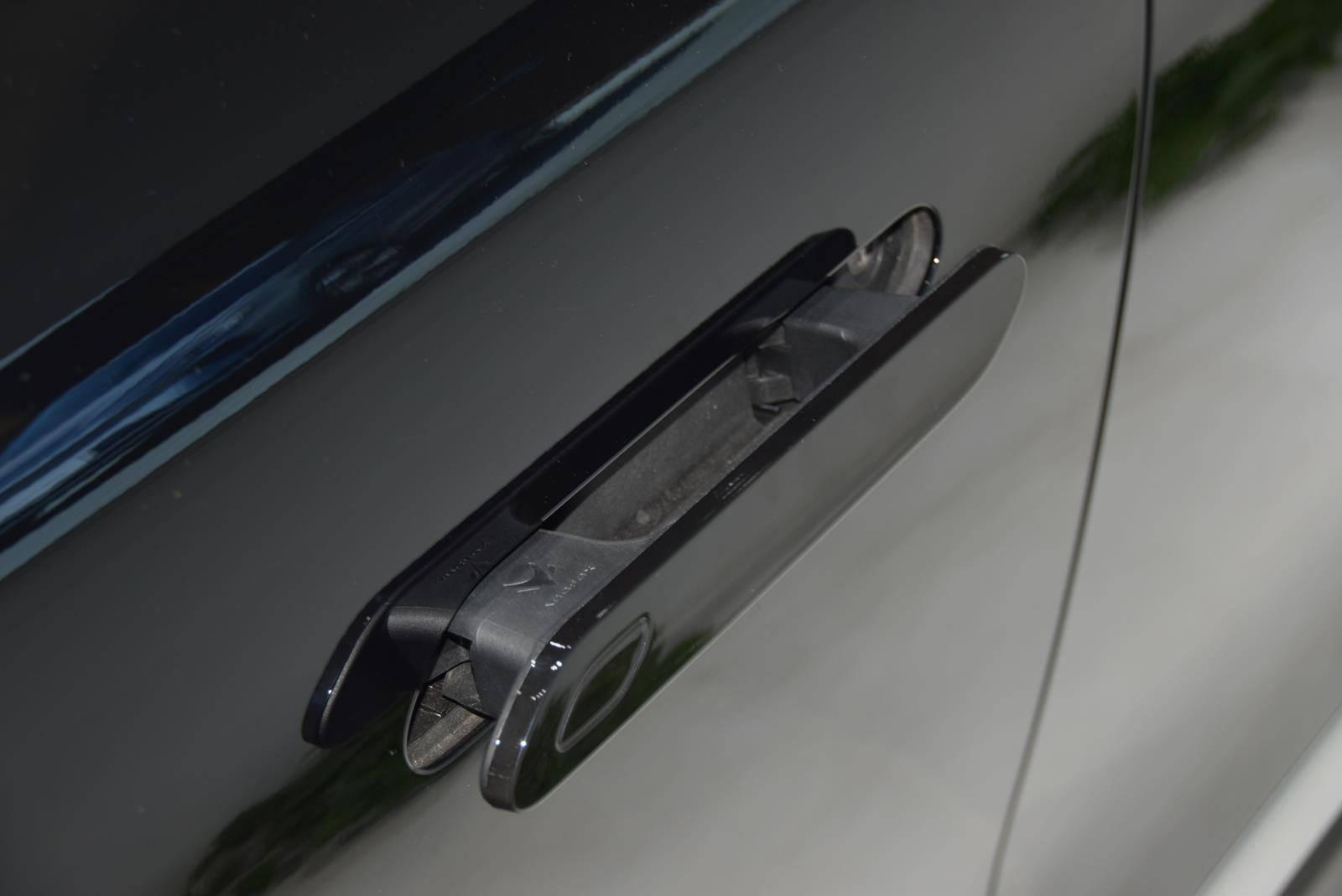 到店实拍极狐阿尔法S 最长续航超700km/美感与实力兼具