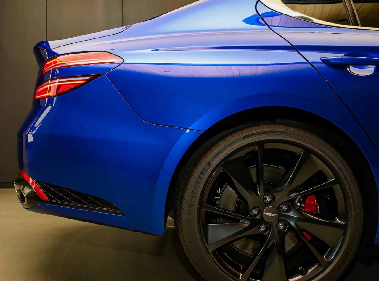 宝马3系的新对手!北美最畅销中型车,捷尼赛思G70将引进