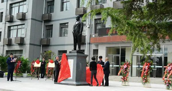 """纪念詹天佑诞辰160周年,北京一职校新建3个""""詹天佑班"""""""