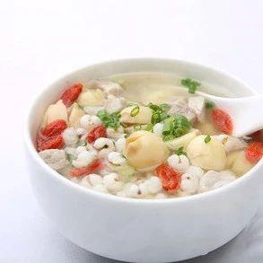 莲子薏米瘦肉汤  味道鲜美  强生健体