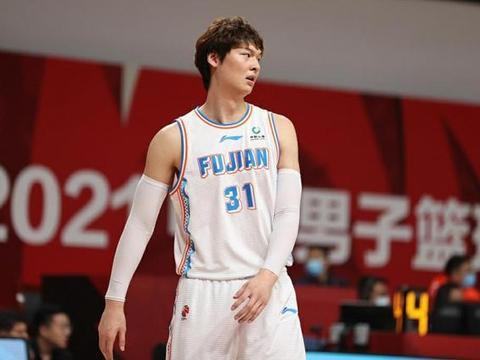 中国篮坛重磅消息,王哲林+陈林坚参加全运会3人篮球,剑指总冠军