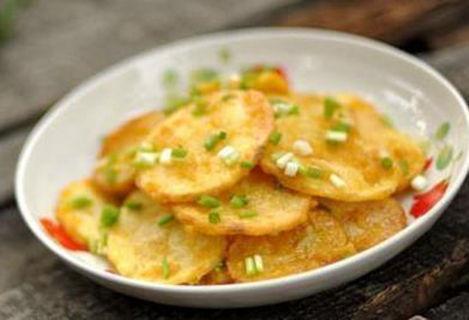 美食:酱鸡胗,咸蛋黄焗土豆片,酸辣鸡杂,西红柿炒鸡蛋